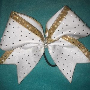 Accessories - Champion Cheer Bow